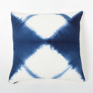 Ombre Beat Blue & Ivory Tie & Dye Cotton Cushion Cover Front